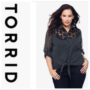 TORRID Front Tie Blouse Size Large